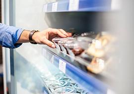 Supermarkteinkauf mit Haushaltsbuch-App