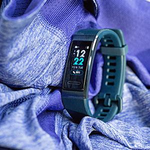 Smartwatch oder Fitness: schmaler Tracker