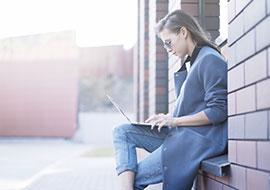 Am besten zugleich mobil einsetzbar: Büroausstattung für Startups