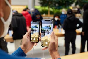 Apple vs Samsung: iPhone 12 mini und iPhone 12 Pro Max